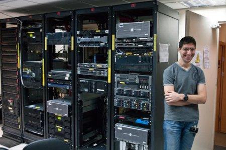 Б/У сервера это экономия без ущерба функциональности.